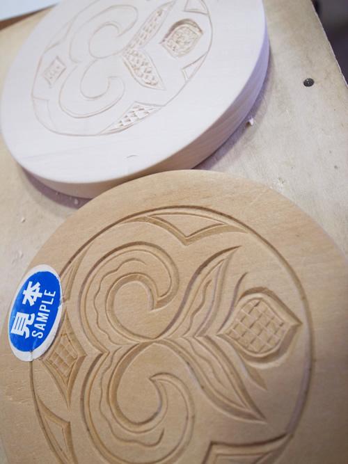二風谷イタ 木彫体験